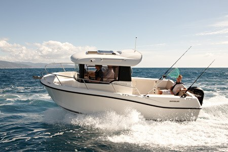 Captur 605 Pilothouse